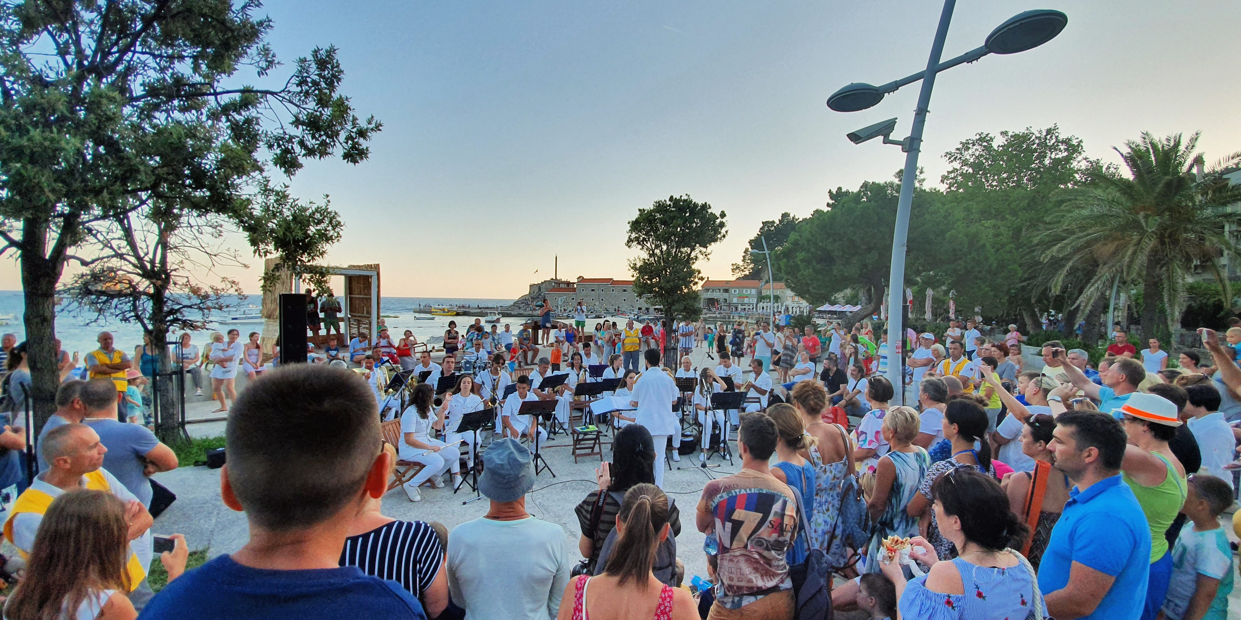 budva-beach-bar budva-marina budva-nightlife budva-caffes budva-hotels