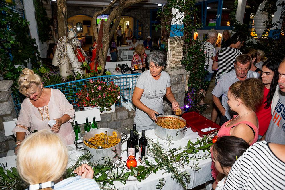 budva-weather budva-events budva-hostels budva-restaurants budva-beach-bar