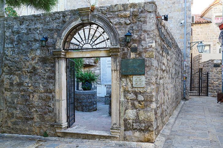 budva-caffes budva-old-town budva-Montenegro montenegro budva-restaurants