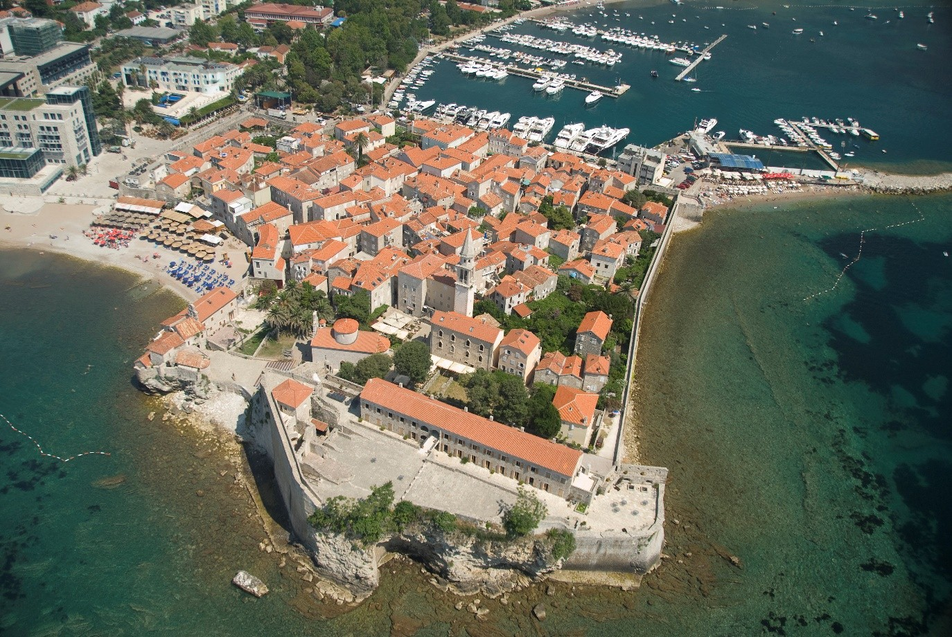 budva-yacht budva-beach-bar budva-old-town montenegro budva-restaurants